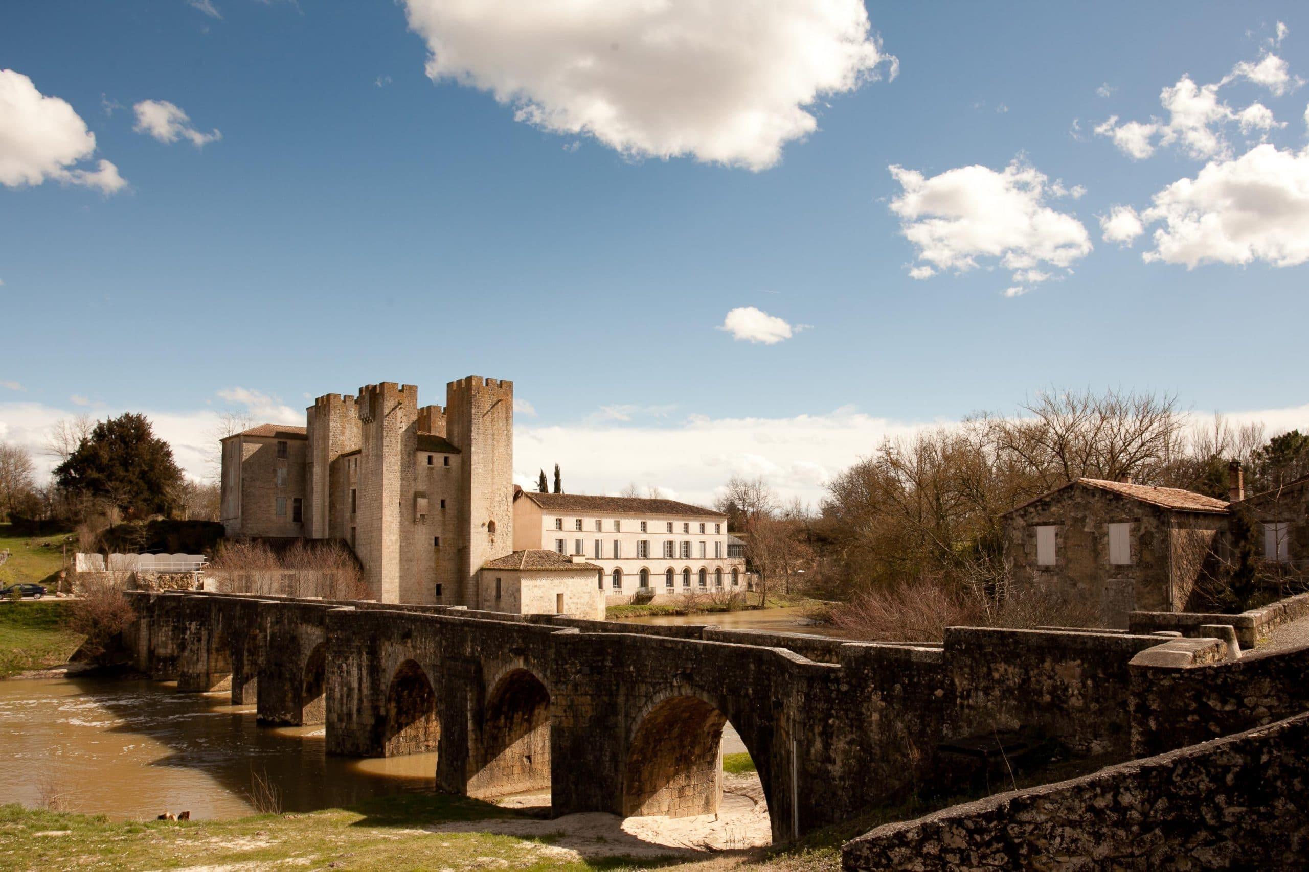 """Moulin """"Henry IV"""" à Barbaste vu des rives de la Gélise"""